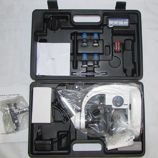 مشاهده محتویات درون کیف سامسونت میکروسکوپ بیولوژی XSP44