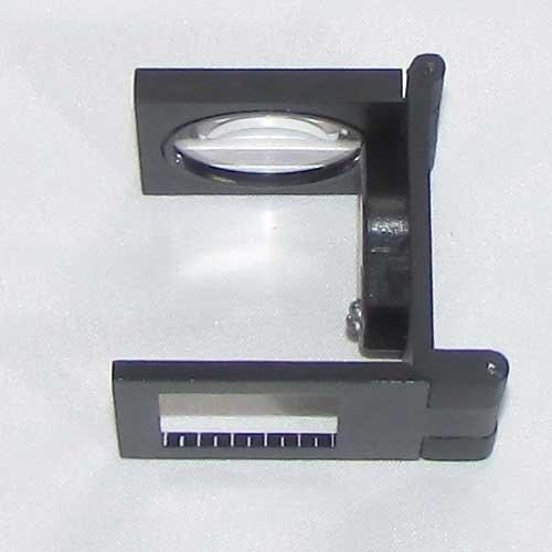 لوپ گوهر شناسی 10 برابر دارای خط کش و لامپ
