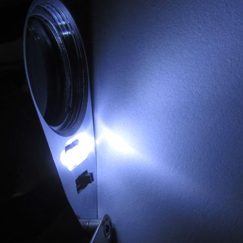چراغ های سفید رنگ لوپ زمین شناسی 40 برابری