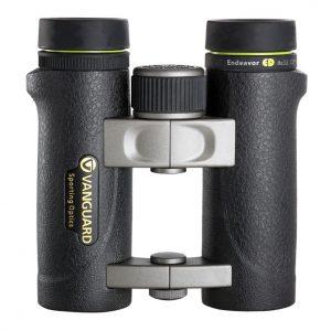 نمای بدنه دوربین ونگارد مدل Endeavor ED 8X32